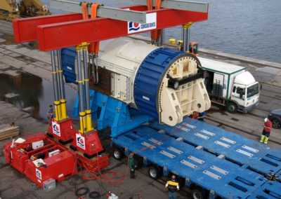 Transhipment of the generator of the Olkiluoto nuclear power plant